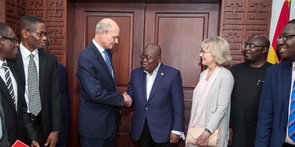 Seventh-day Adventist Church president Ted N.C. Wilson shaking hands with Ghanaian President Nana Addo Dankwa Akufo-Addo in Jubilee House in Ghana's capital, Accra, on Friday, Jan. 31, 2020. Photo: Courtesy of Jubilee House